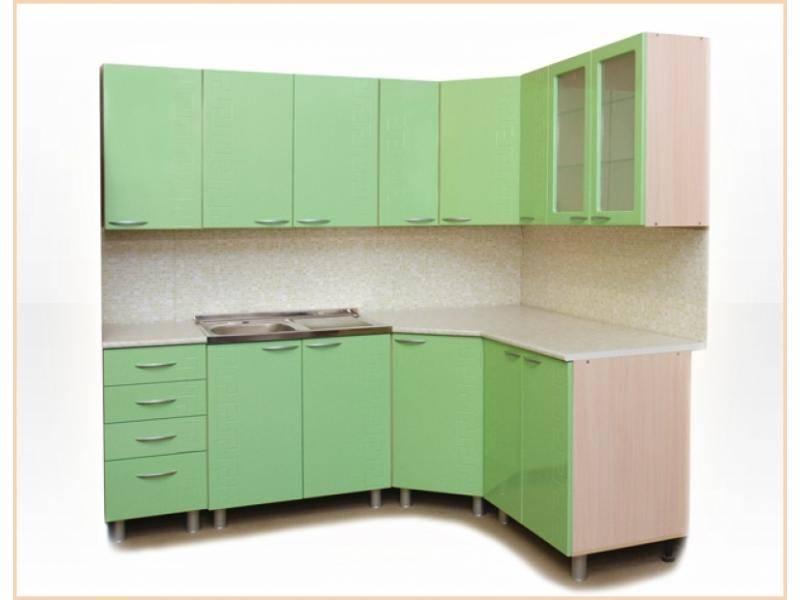 Смотреть фото кухонных гарнитуров угловых обще-то так